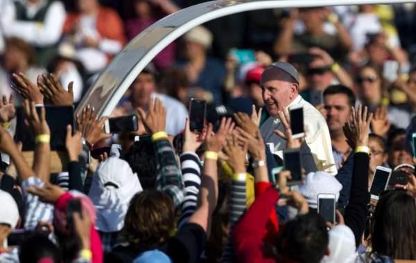 Papa Francisco católicos con acción